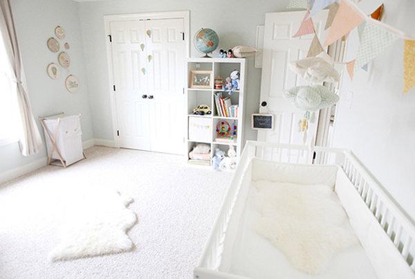 quarto de bebe claro