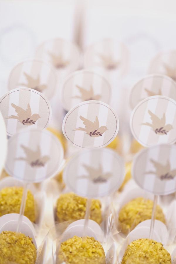 festa batizado amarelo passarinhos