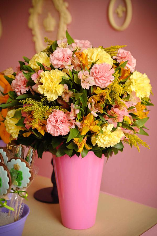 festa-princesas-rosa-decoracao-caraminholando-doces-nika-linden-fantasia-pacoca-05