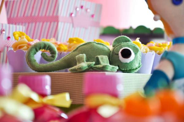 festa-princesas-rosa-decoracao-caraminholando-doces-nika-linden-fantasia-pacoca-07