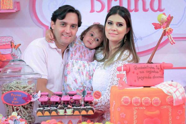 festinha-borboletinha-cozinha-rosa-lilas-brasilia-16
