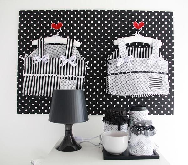 Quarto de bebê em preto, branco e vermelho  Constance Zahn  Babies