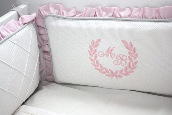 quarto-bebe-gemeas-rosa-cinza-sonia-neves-5