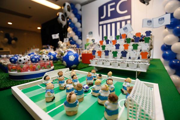festinha-joca-futebol-club-azul-branco-04