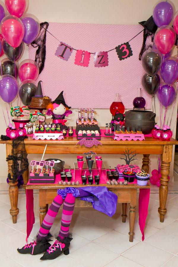 festinha-caraminholando-halloween-bruxa-pink-roxo-preto-01