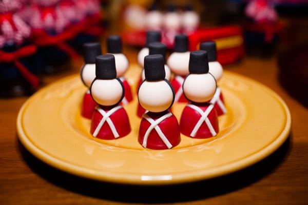 festa-paddington-bear-azul-vermelho-decoracao-raquel-furtado-fotografia-aline-inagaki-05