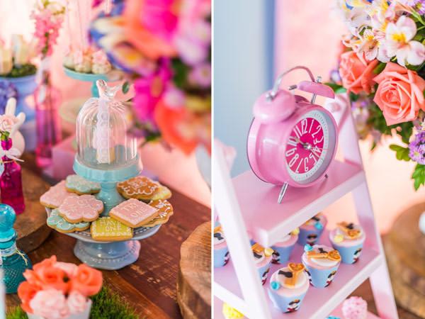 festinha-alice-no-pais-das-maravilhas-rosa-azul-decoracao-Pequenos-Luxos-12