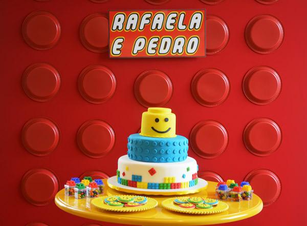 festinha-lego-para-os-gemeos-menino-menina-decoracao-invento-festa-02
