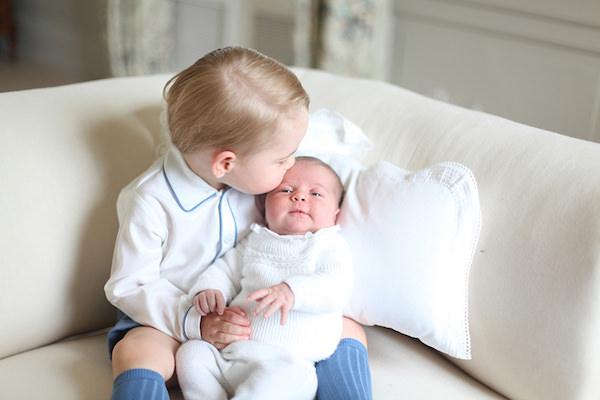 principe-george-princesa-charlotte-primeiras-fotos-oficiais-real-02