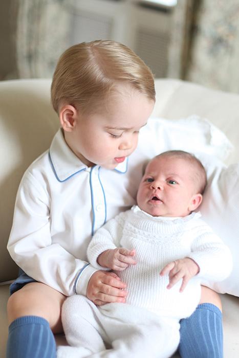 principe-george-princesa-charlotte-primeiras-fotos-oficiais-real-04