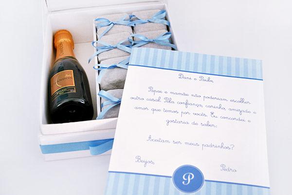 Para o casal: brownies + garrafinha de champagne da Give a Gift