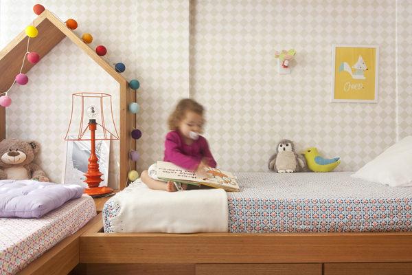 cz-babies-kids-quarto-infantil-irmaos-madeira-papel-de-parede-losango-3