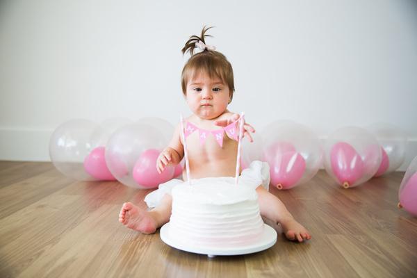 Smash the cake da pequena Manuela