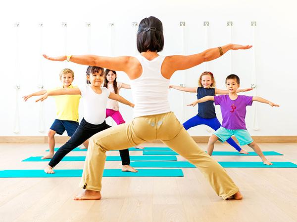 -beneficios-da-yoga-para-criancas1