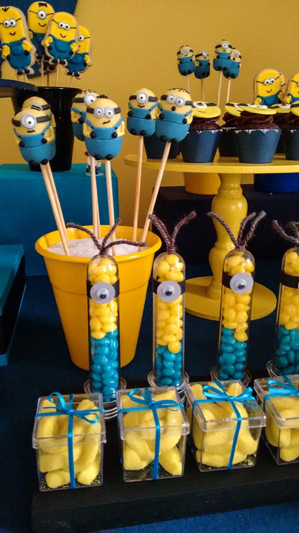 decoracao-festa-infantil-aniversario-de-crianca-dos-minions-caraminholando-10