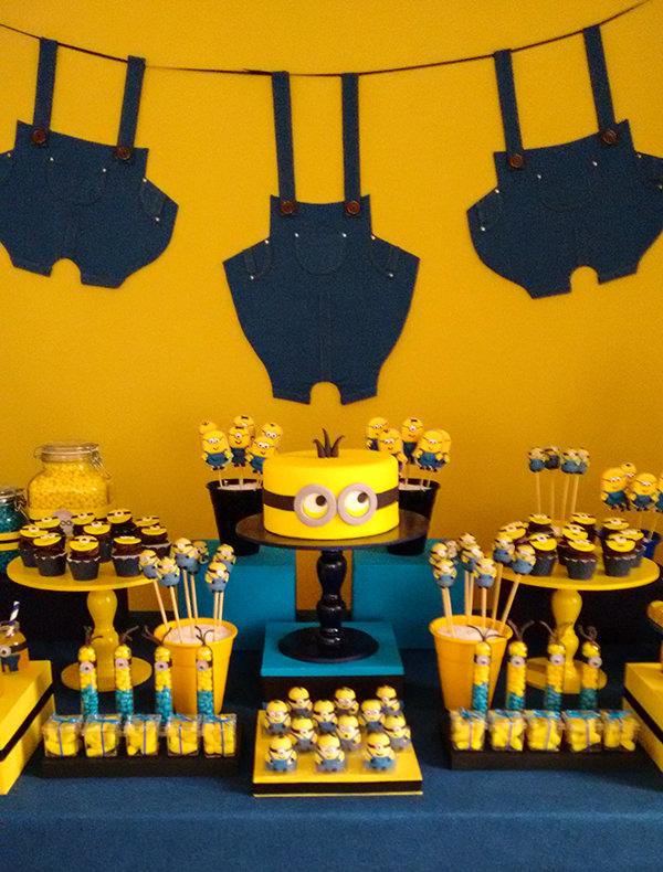decoracao-festa-infantil-aniversario-de-crianca-dos-minions-caraminholando-11