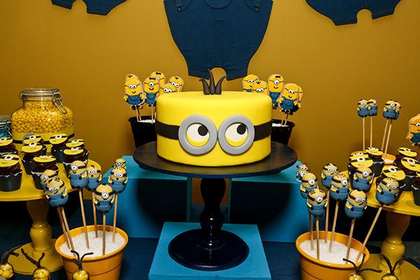 decoracao-festa-infantil-aniversario-de-crianca-dos-minions-caraminholando-4