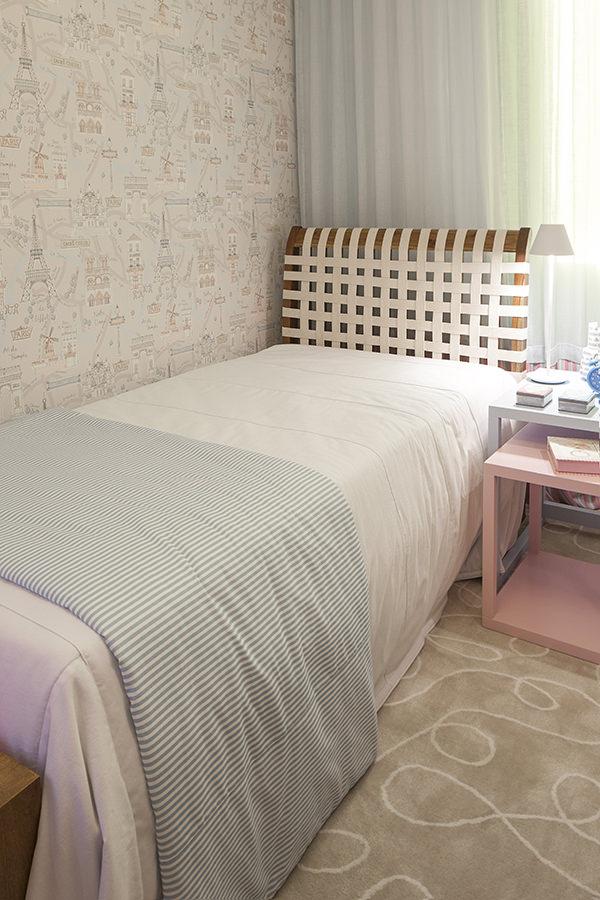 decoracao-quarto-de-menina-inspirado-em-paris-julyana-bortolotto-