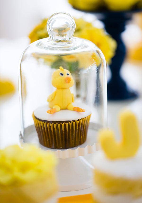 decoracao-aniversario-de-crianca-pintinho-amarelinho-16