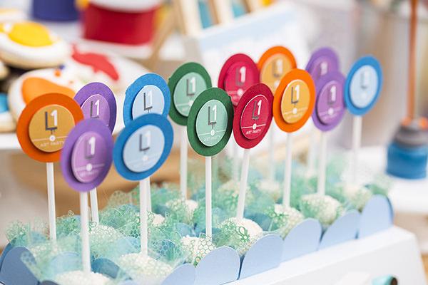 decoracao-festa-infantil-escola-de-arte-caraminholando13
