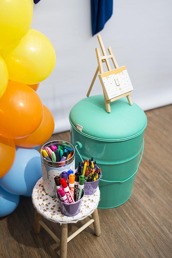 decoracao-festa-infantil-escola-de-arte-caraminholando18