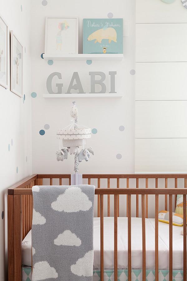 decoracao-de-bolinha-quarto-de-bebe-julia-ribeiro3