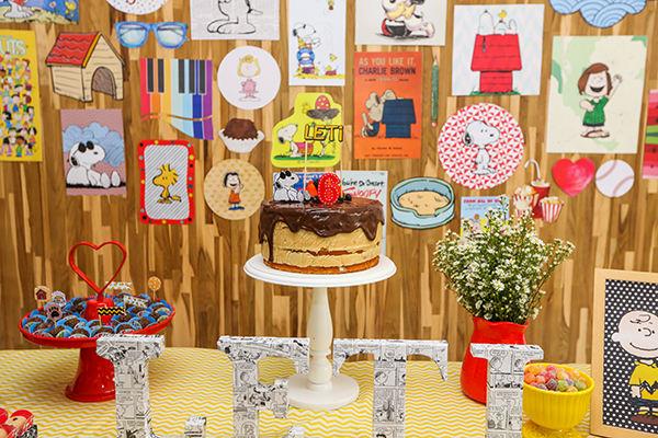 decoracao-festa-infantil-tragaluz-tema-snoopy3