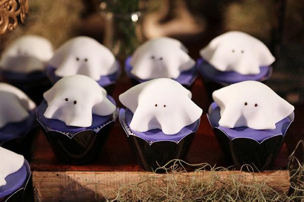festinha-ella-arts-tema-hotel-transylvania-halloween-tais-puntel-06