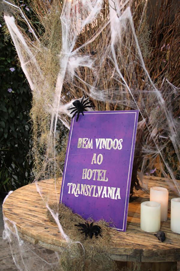 festinha-ella-arts-tema-hotel-transylvania-halloween-tais-puntel-18