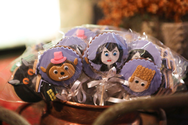 festinha-ella-arts-tema-hotel-transylvania-halloween-tais-puntel-21