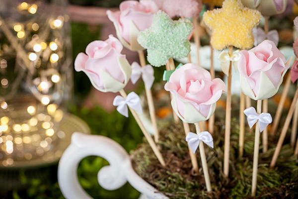 decoracao-festa-infantil-tema-jardim-das-fadas-miss-sugar-festas-12