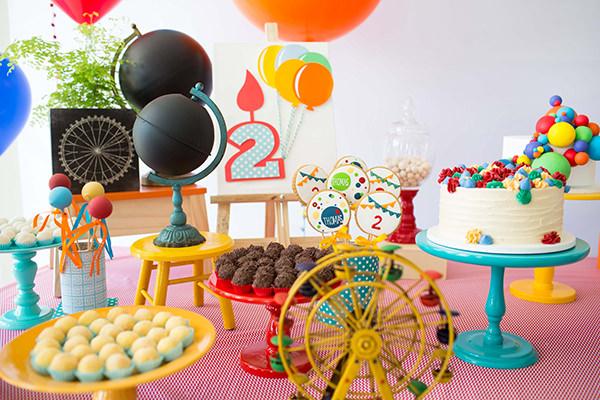 Festinha, Balões, Mel Albuquerque