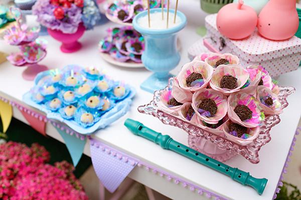 Festinha infantil, Candy colors, Decoração Jazz Assessoria